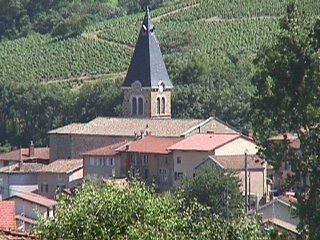 Le clocher du village de Marchampt