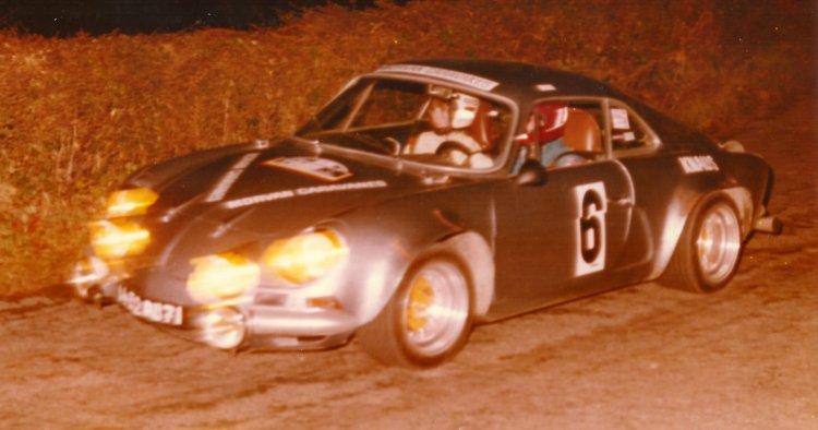 La berlinette Alpine A110 au rallye du Brionnais