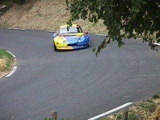 Marc Cotleur sur son Alpine A110 numéro 175 dans le virage 4 de la 1 ère montée